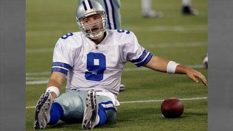 Favre, Vikings vanquish hapless Cowboys