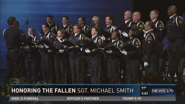 Hundreds attend memorial service for Dallas officer Michael Smith