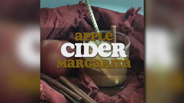 This apple cider margarita is what you need this Thanksgiving