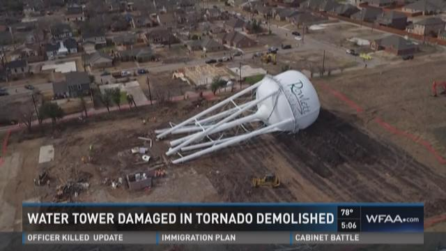 Water Tower Demolition K25 : Water tower in rowlett demolished wfaa
