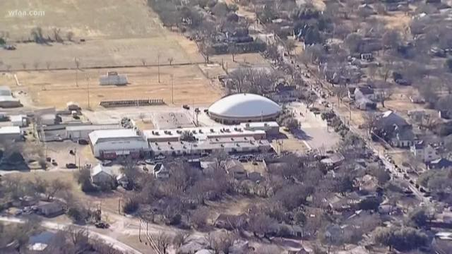 Student injured in shooting at Texas school
