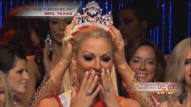 Meet Melissa Pocza the only woman ever crowned Mrs.Texas twice
