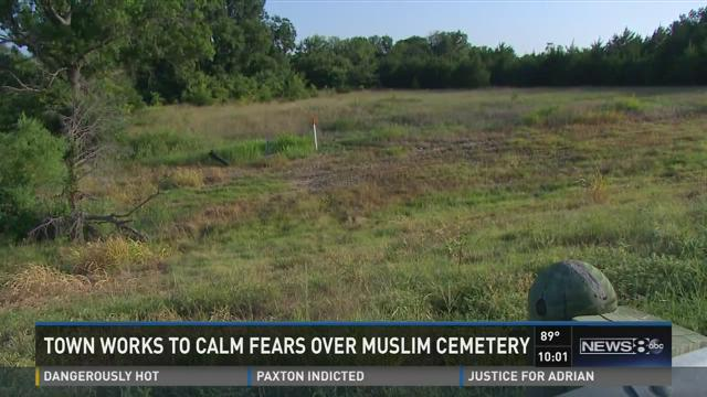 Town works to calm fears over Muslim cemetery