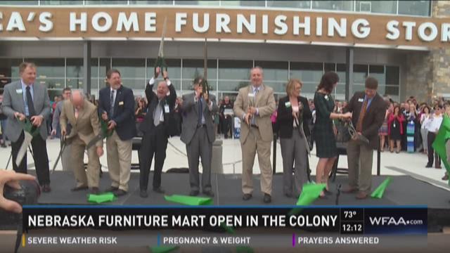 Nebraska Furniture Mart opens in The Colony