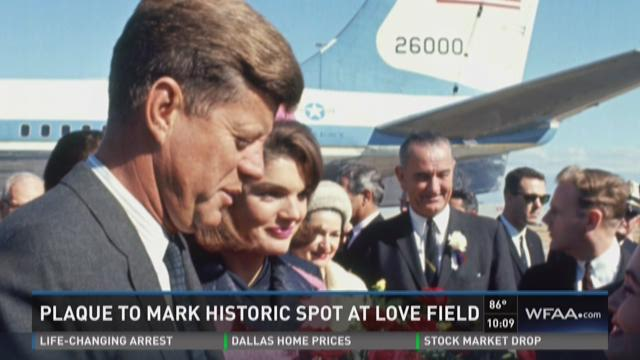Plaque marks historic spot at Love Field